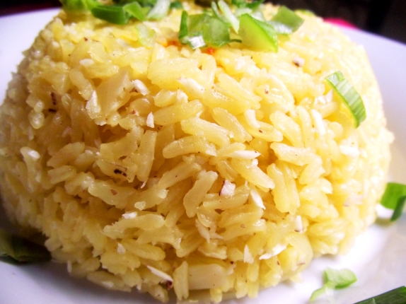 Image source: http://elfogoncitoinenglish.wordpress.com/2012/07/10/coconut-rice/